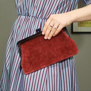 Gorgeous red wine toned velvet clutch ✨✨